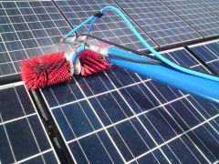 Clean Progress effectue du nettoyage de panneaux solaires à l'eau pure